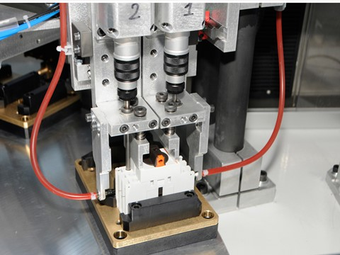 10-station rotary table machine for switch disconnection test